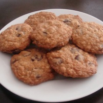 Oatmeal Chocolate-Chip Cookies