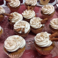Pumpkin Spice Chocolate Chip Cupcakes